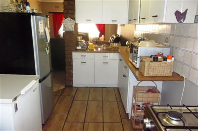 Middedorp property for sale. Ref No: 13304764. Picture no 5