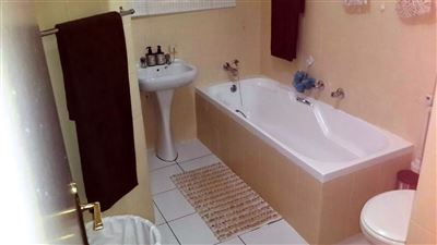 Safari Gardens And Ext property for sale. Ref No: 13304771. Picture no 9