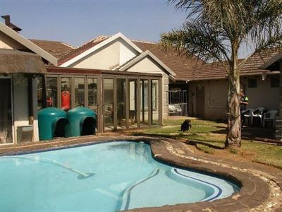 Witpoortjie & Ext property for sale. Ref No: 13304651. Picture no 40