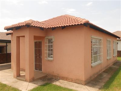 Witbank, Duvha Park & Ext Property  | Houses For Sale Duvha Park & Ext, Duvha Park & Ext, Townhouse 3 bedrooms property for sale Price:699,000