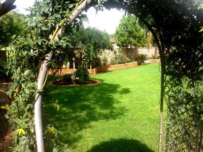 Safari Gardens & Ext property for sale. Ref No: 13306342. Picture no 5