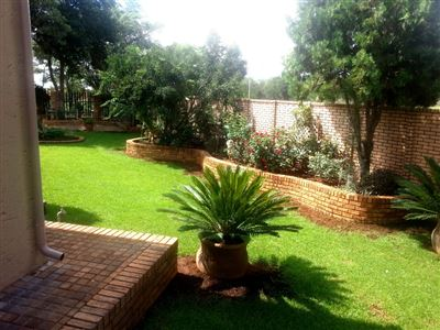 Safari Gardens And Ext property for sale. Ref No: 13306342. Picture no 36