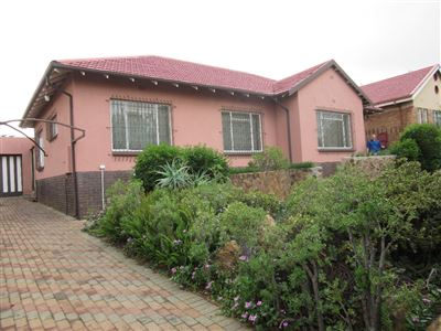 Property and Houses for sale in Sunnyridge, House, 3 Bedrooms - ZAR 1,200,000
