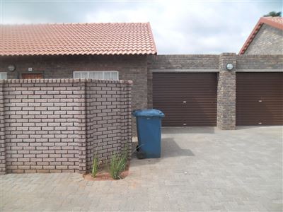 The Orchards & Ext property for sale. Ref No: 13307533. Picture no 1