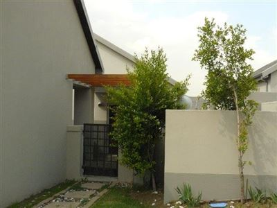 Die Heuwel & Ext for sale property. Ref No: 13308946. Picture no 1
