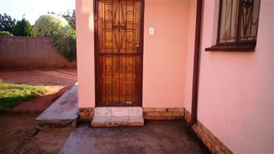Tlhabane West property for sale. Ref No: 13309231. Picture no 1