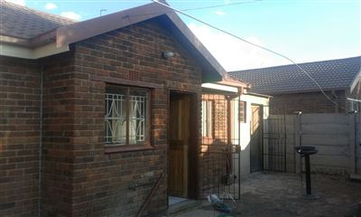Mangaung, Blomanda Property  | Houses For Sale Blomanda, Blomanda, House 2 bedrooms property for sale Price:590,000
