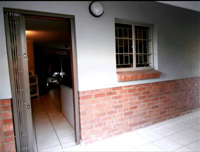 Waterval East property for sale. Ref No: 13311591. Picture no 2