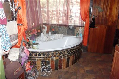 Safari Gardens And Ext property for sale. Ref No: 13312143. Picture no 31