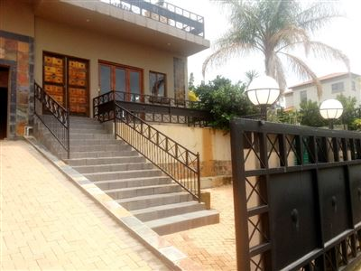Cashan And Ext property for sale. Ref No: 13312203. Picture no 2