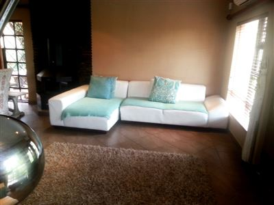 Cashan And Ext property for sale. Ref No: 13312203. Picture no 12