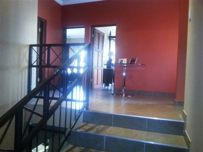 Cashan And Ext property for sale. Ref No: 13312203. Picture no 15