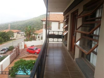 Cashan And Ext property for sale. Ref No: 13312203. Picture no 25