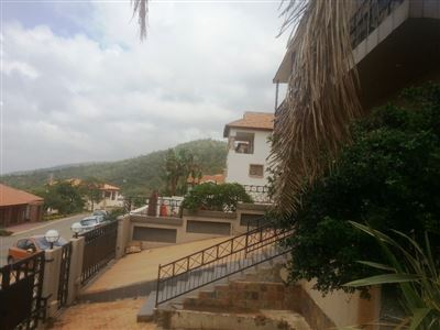 Cashan And Ext property for sale. Ref No: 13312203. Picture no 38