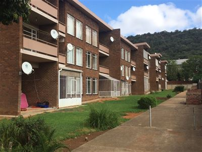 Bloemfontein, Navalsig Property  | Houses For Sale Navalsig, Navalsig, Flats 1 bedrooms property for sale Price:360,000