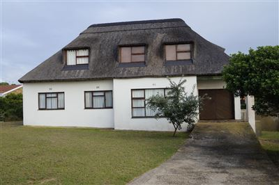 Property and Houses for sale in Jongensfontein, House, 4 Bedrooms - ZAR 2,020,000