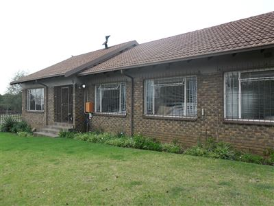 Witbank, Model Park & Ext Property    Houses For Sale Model Park & Ext, Model Park & Ext, House 4 bedrooms property for sale Price:1,640,000