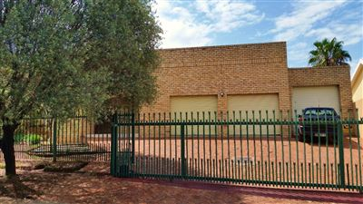 Bloemfontein, Pentagon Park Property  | Houses For Sale Pentagon Park, Pentagon Park, House 3 bedrooms property for sale Price:2,209,200