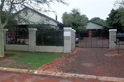 Rustenburg, Protea Park Property  | Houses For Sale Protea Park, Protea Park, Townhouse 4 bedrooms property for sale Price:3,700,000