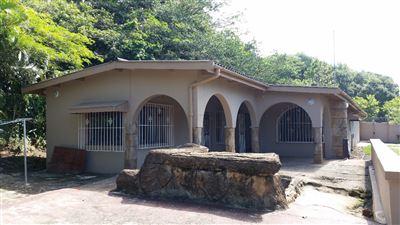 Hibberdene, Pumula Property    Houses For Sale Pumula, Pumula, House 4 bedrooms property for sale Price:930,000