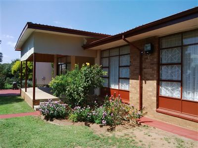 Property and Houses for sale in Vredefort, House, 3 Bedrooms - ZAR 648,000