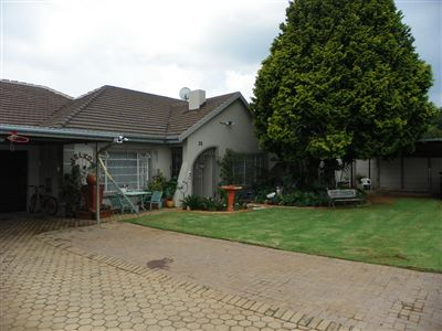 Witpoortjie & Ext property for sale. Ref No: 13304651. Picture no 47