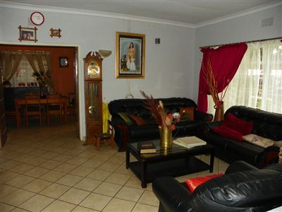 Witpoortjie & Ext property for sale. Ref No: 13304651. Picture no 4