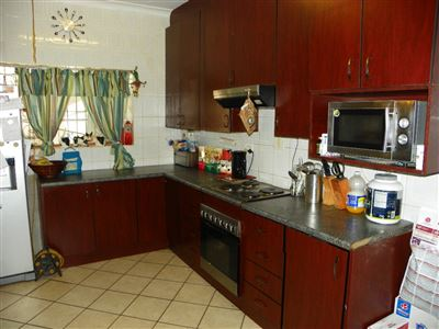 Witpoortjie & Ext property for sale. Ref No: 13304651. Picture no 9