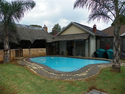 Witpoortjie & Ext property for sale. Ref No: 13304651. Picture no 17