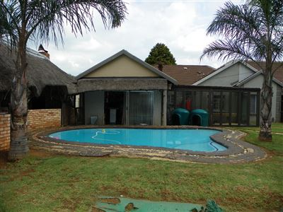Witpoortjie & Ext property for sale. Ref No: 13304651. Picture no 39