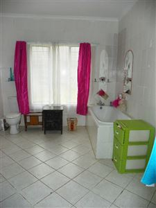 Witpoortjie & Ext property for sale. Ref No: 13304651. Picture no 25