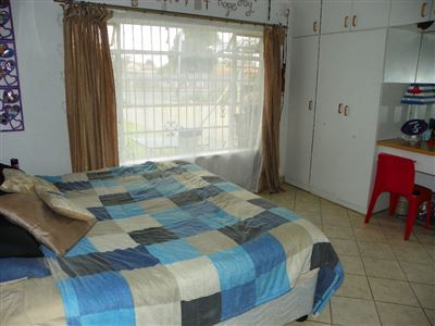 Witpoortjie & Ext property for sale. Ref No: 13304651. Picture no 28