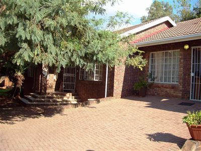 Geelhoutpark & Ext property for sale. Ref No: 13316705. Picture no 20