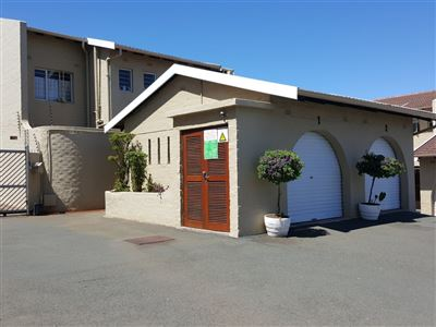Amanzimtoti property for sale. Ref No: 13358416. Picture no 1
