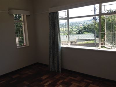 Grahamstown property for sale. Ref No: 13312449. Picture no 11