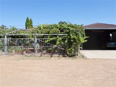 Ventersdorp property for sale. Ref No: 13318592. Picture no 1