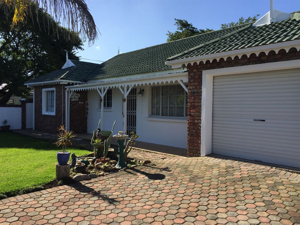 House for sale in George South