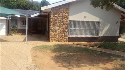 Klerksdorp, Irenepark Property  | Houses For Sale Irenepark, Irenepark, House 4 bedrooms property for sale Price:850,000