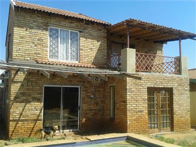 Potchefstroom, Potchefstroom Industria Property  | Houses For Sale Potchefstroom Industria, Potchefstroom Industria, House 3 bedrooms property for sale Price:790,000