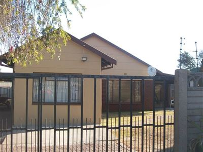 Witbank, Tasbet Park & Ext Property  | Houses For Sale Tasbet Park & Ext, Tasbet Park & Ext, House 4 bedrooms property for sale Price:850,000