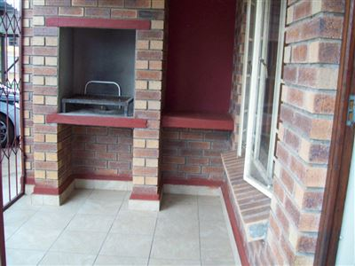 Waterval East property for sale. Ref No: 13320404. Picture no 9