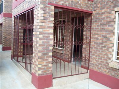 Waterval East property for sale. Ref No: 13320404. Picture no 12