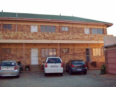 Klerksdorp, Freemanville Property  | Houses For Sale Freemanville, Freemanville, Flats 1 bedrooms property for sale Price:200,000