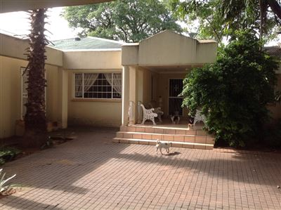 Derdepoort property for sale. Ref No: 13325581. Picture no 1