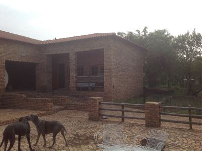 Byenespoort property for sale. Ref No: 13325587. Picture no 8