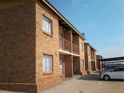 Boksburg, Dawn Park Property  | Houses For Sale Dawn Park, Dawn Park, Townhouse 2 bedrooms property for sale Price:430,000