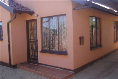 Soweto, Dobsonville & Ext Property  | Houses For Sale Dobsonville & Ext, Dobsonville & Ext, House 2 bedrooms property for sale Price:490,000