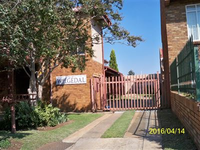 Potchefstroom, Potchefstroom Property  | Houses To Rent Potchefstroom, Potchefstroom, Flats 2 bedrooms property to rent Price:,  4,00*