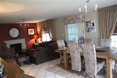 House for sale in Rietvalleirand