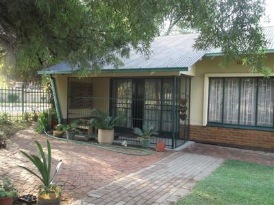 Pretoria, Silverton Property  | Houses For Sale Silverton, Silverton, House 6 bedrooms property for sale Price:1,470,000